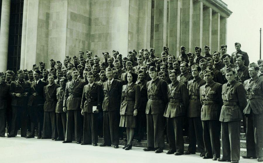 Zbor leta 1946 v Parizu