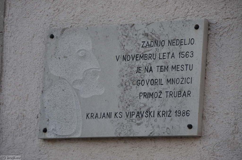 Obeležje Trubarju v Vipavskem Križu