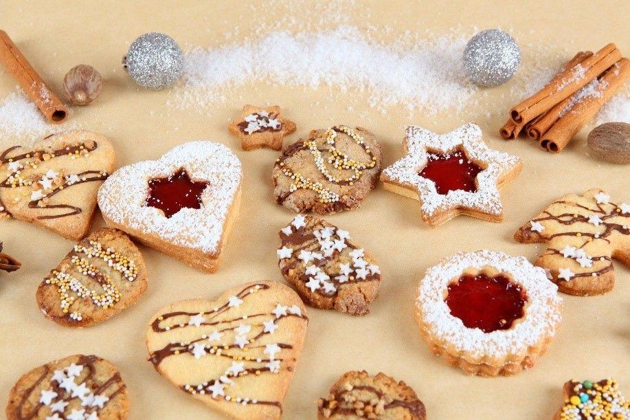 Maslen kruh in potica za božične praznike