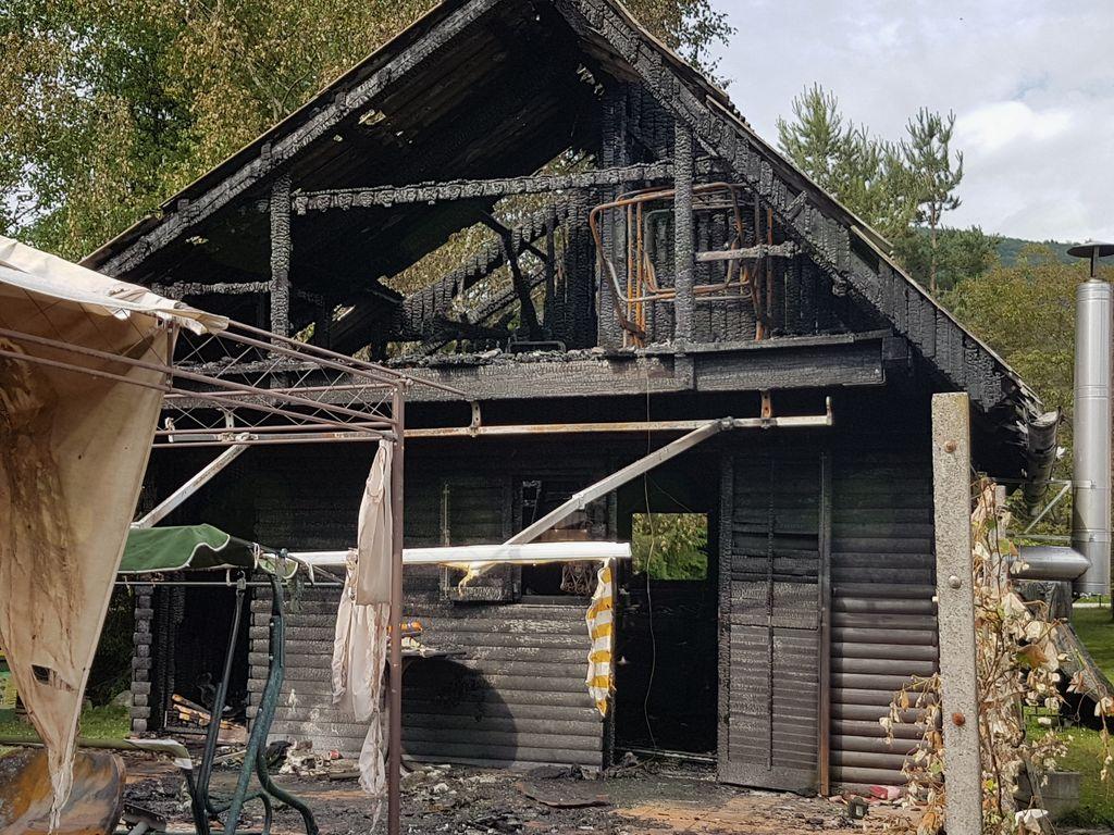 Slika: Sebastjanova hiša po požaru.