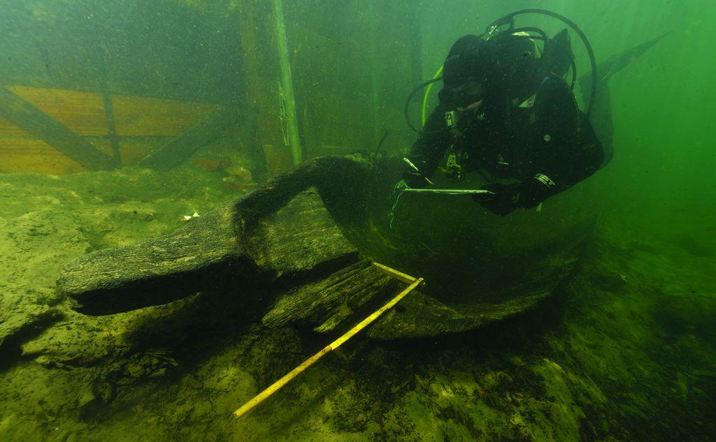 Podvodne raziskave deblaka, Ljubljanica, 2015 (foto: David Badovinac)