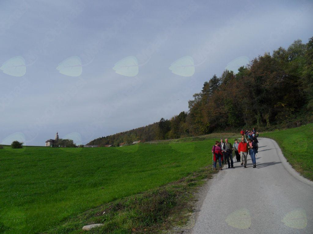 Ajdovski gradec in Žabjek (Metni Vrh)