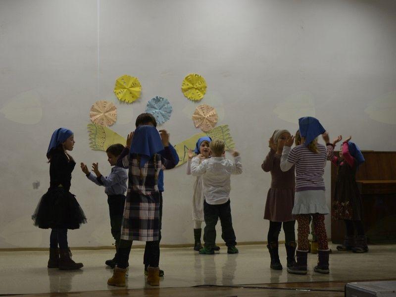 otroci iz podružnične šole Soča