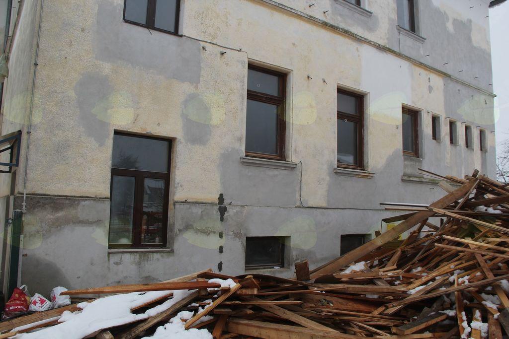 Obnova stare šole poteka po načrtih