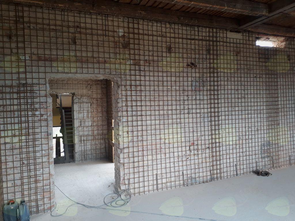 Obnova del na stari šoli v polnem zamahu