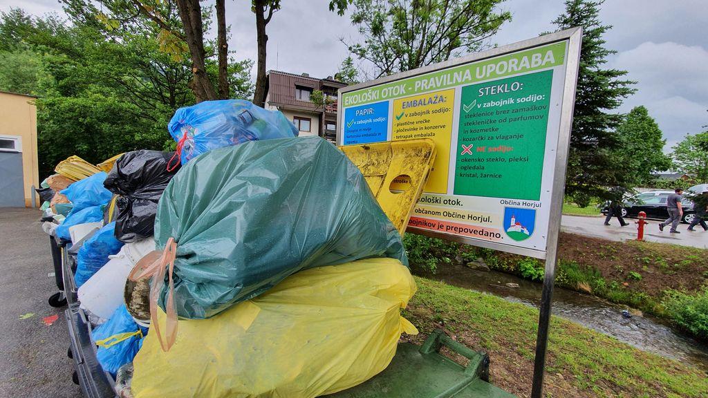 Zasmetenost z neprimernimi odpadki v zabojnikih za embalažo je pripeljala do tega, da bodo ti zabojniki umaknjeni iz obtoka.