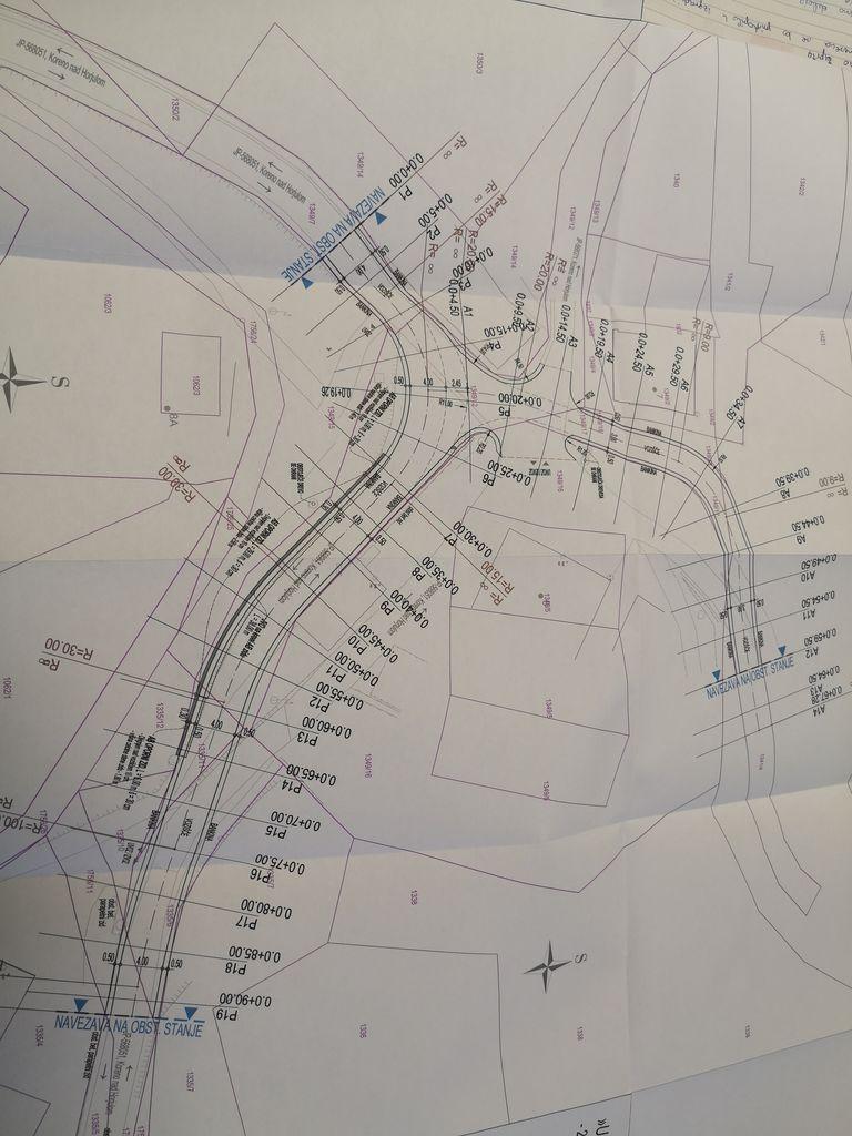 Načrt gradnje nove ceste.