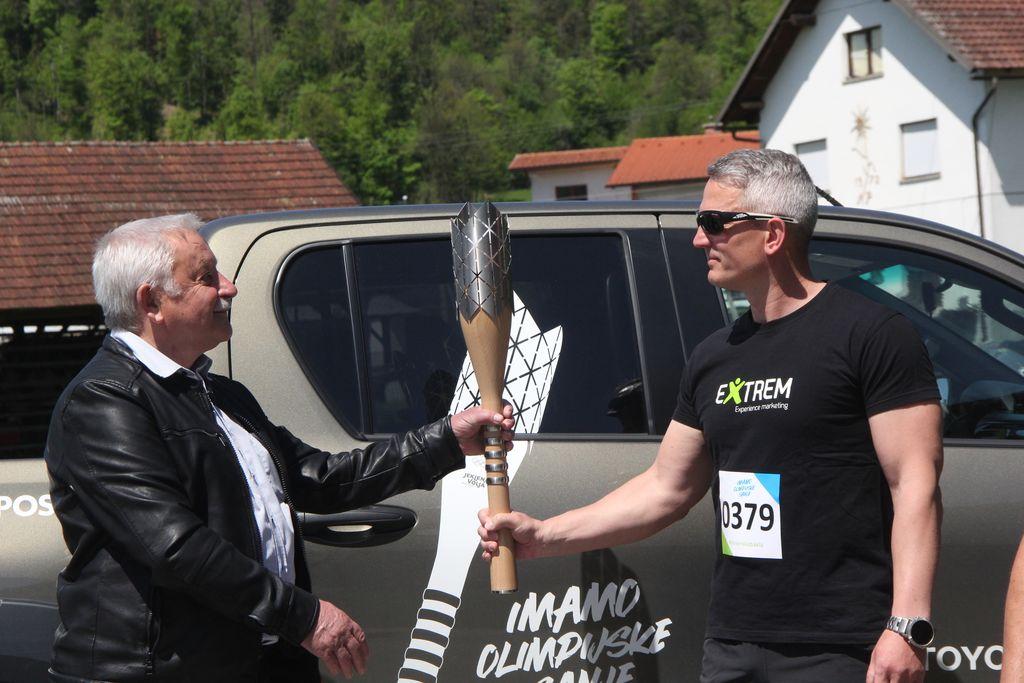 Baklo je športnikom predal župan Janko Prebil.