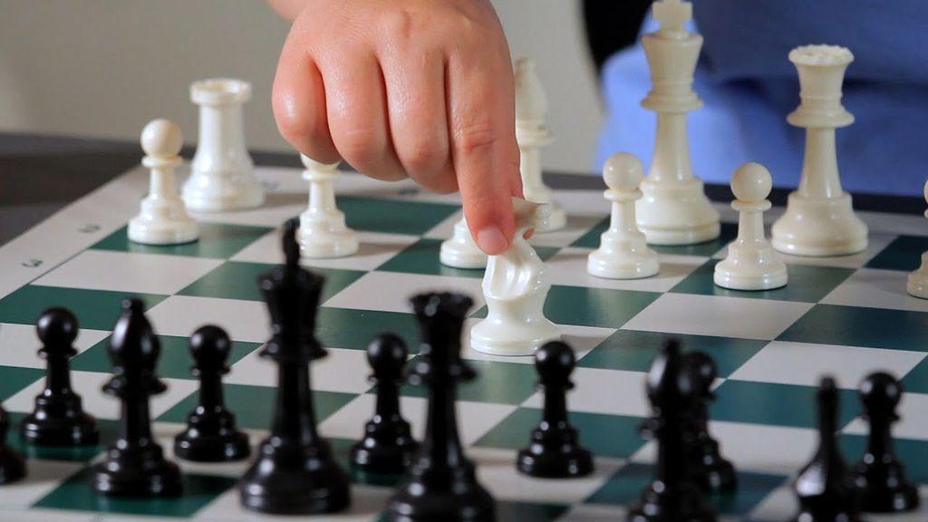 Hitropotezni šahovski turnir 2/12 2020