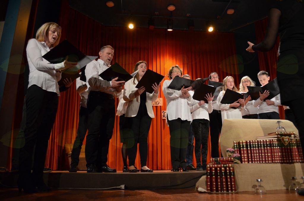 Mešani pevski zbor KD Rakitna