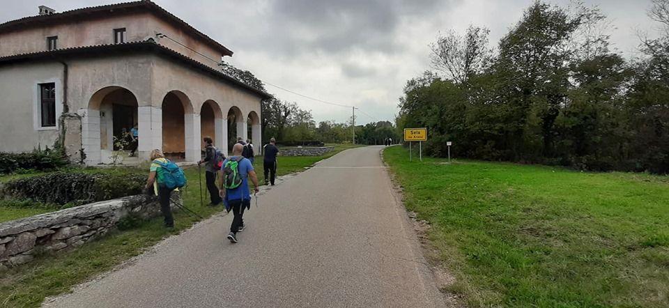 24. Kraški krožni pohod Jamlje - Sela - Jamlje