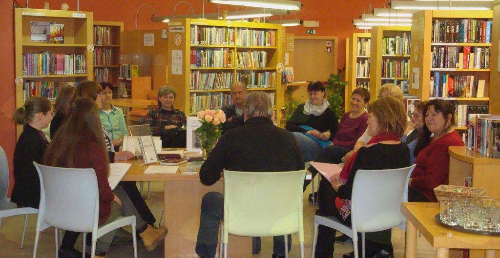 Literarni večer z Literarnim klubom Bovec