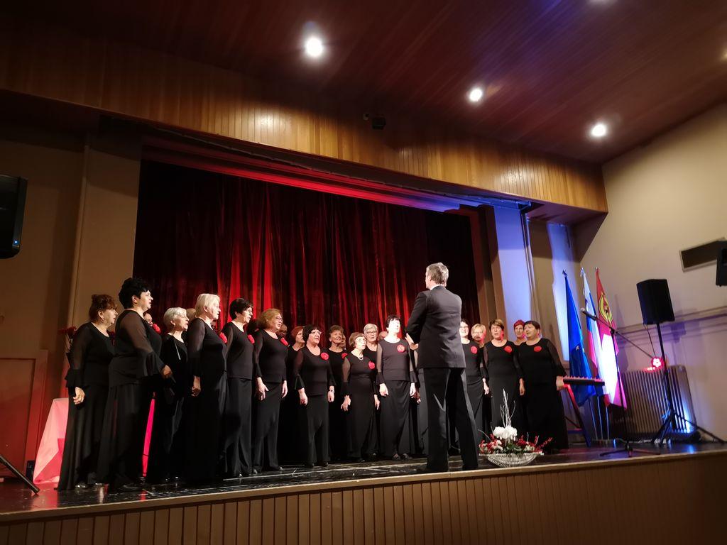 Slavnostna prireditev v čast krvodajalstva v Logatcu