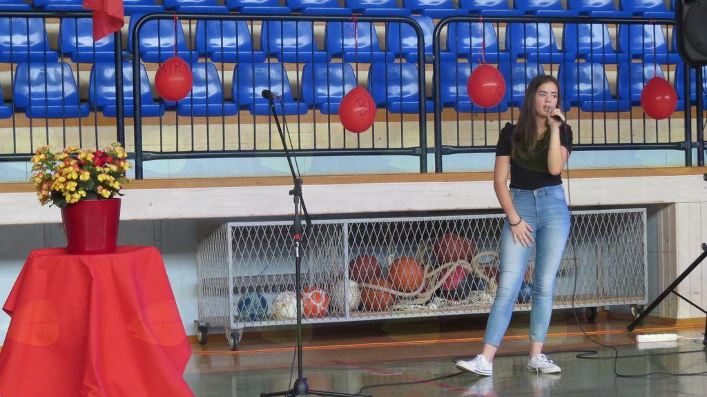 naša pevka Katarina Štanta