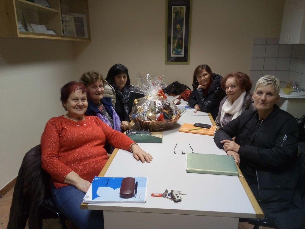 Biljenski upokojenci organizirali brezplačen tečaj španskega jezika