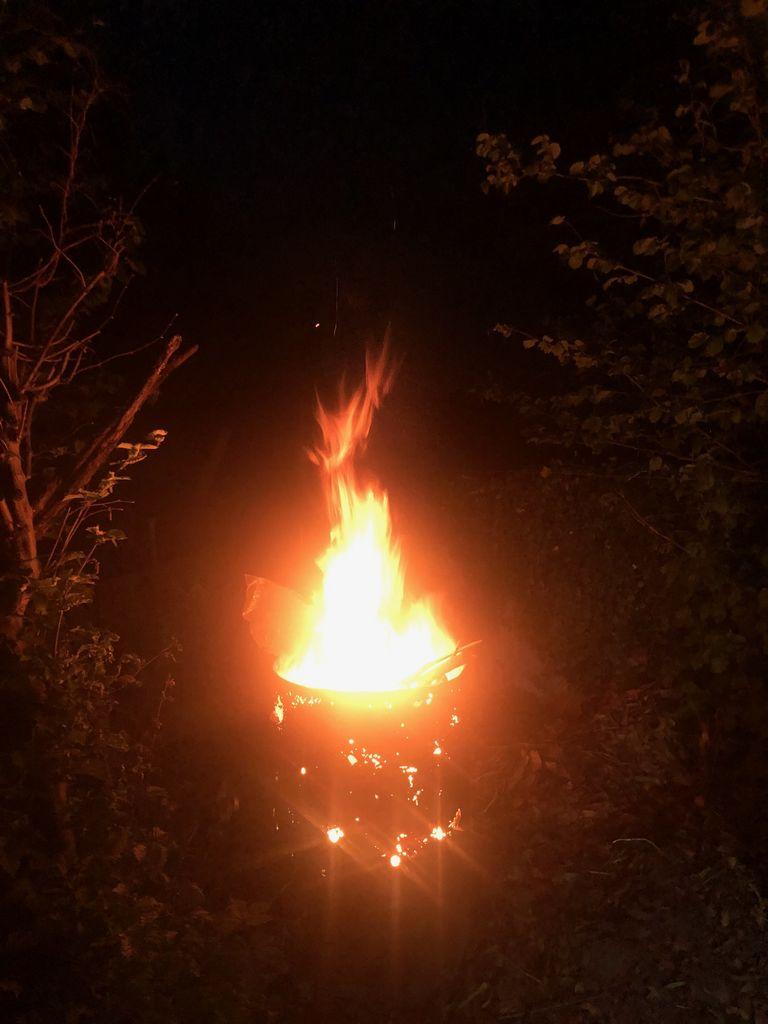 Zagorel je ogenj