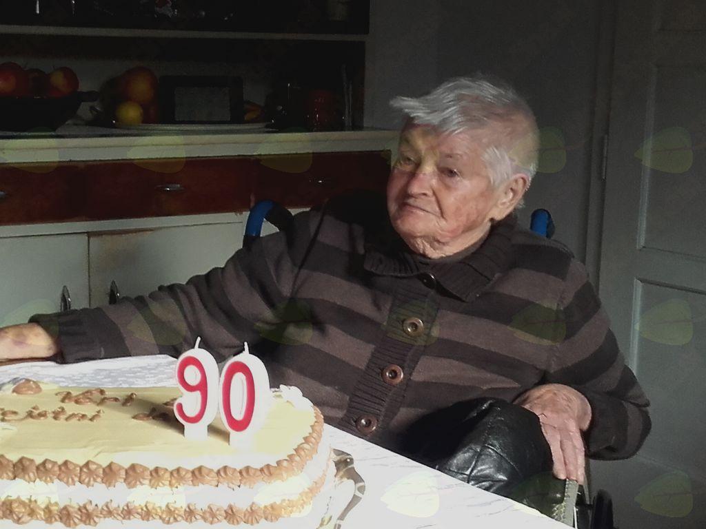 Bukučeva mama praznuje 90 let