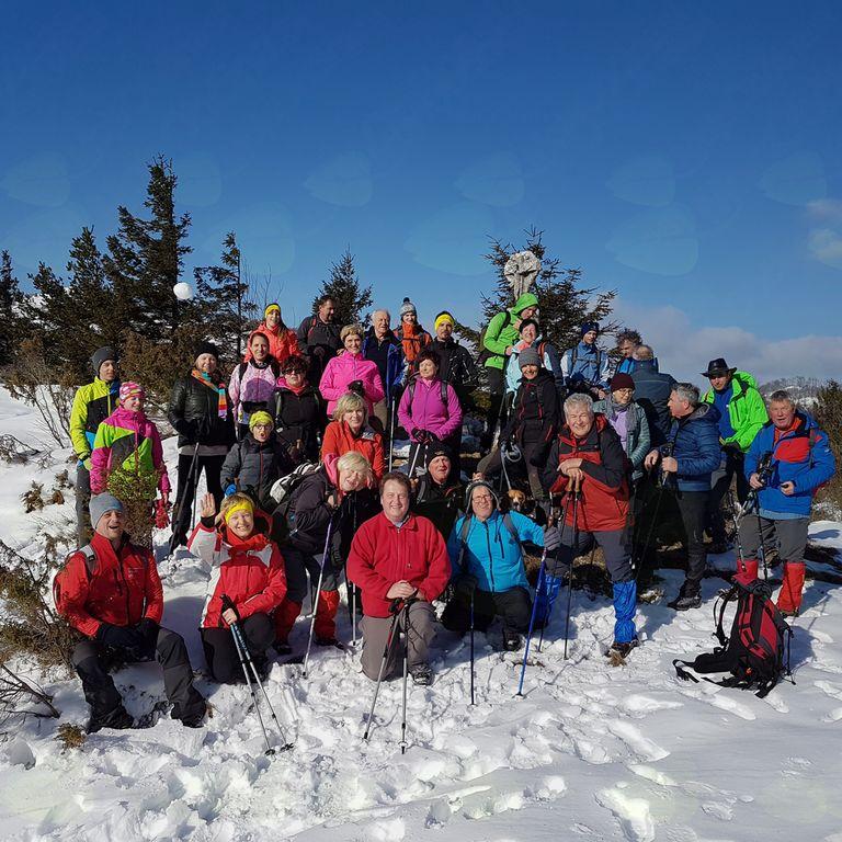 Iz Žapuž v snegu na Sinji vrh
