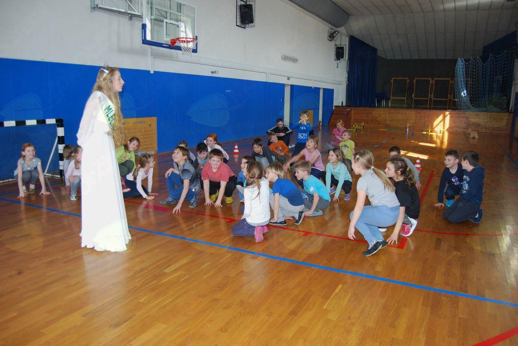 Budanjski učenci z gibanjem v pomlad