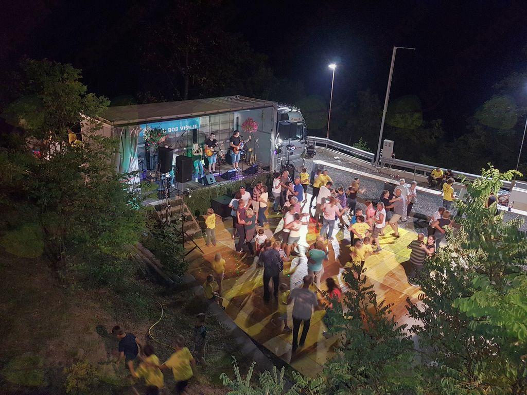 10. Bobarska noč v Višnjah