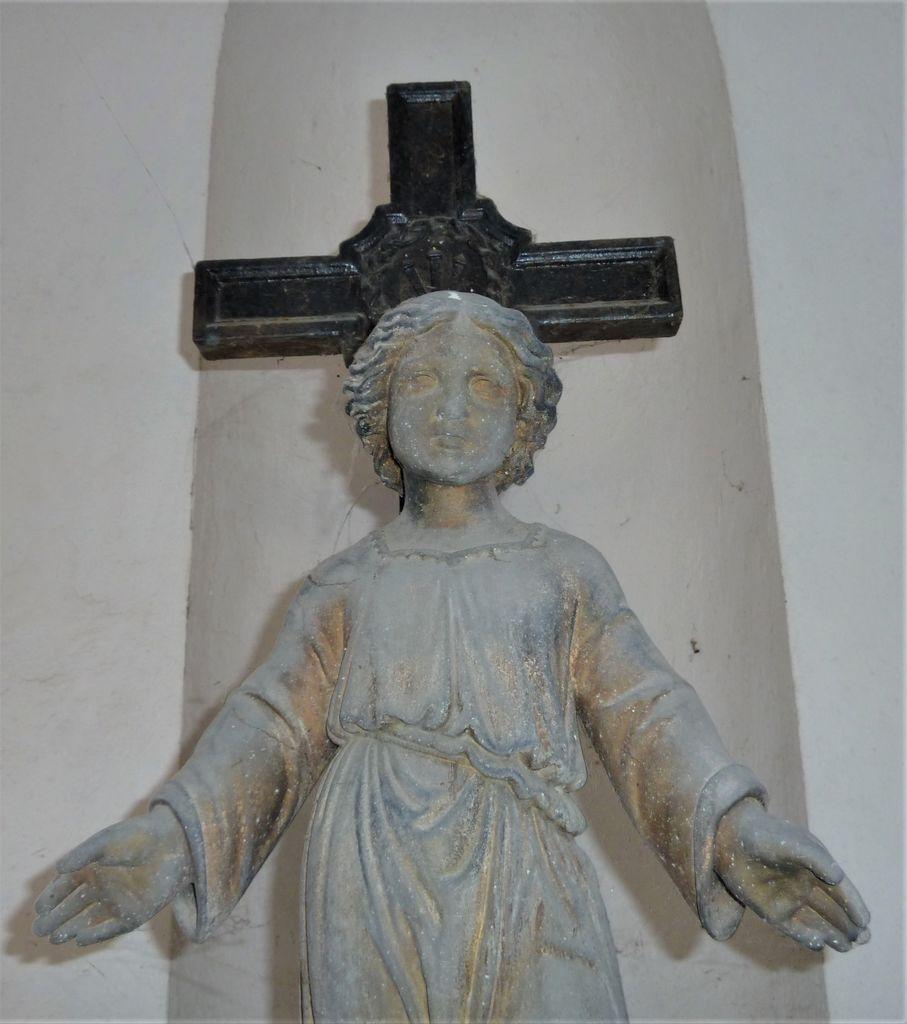 Litoželezen nagrobni spomenik Ferdinanda Mayerja v Vipavi