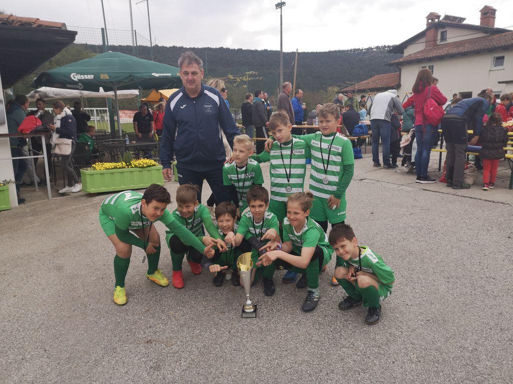 Ekipa NK Vipava U-9 in zmaga v Mirnu