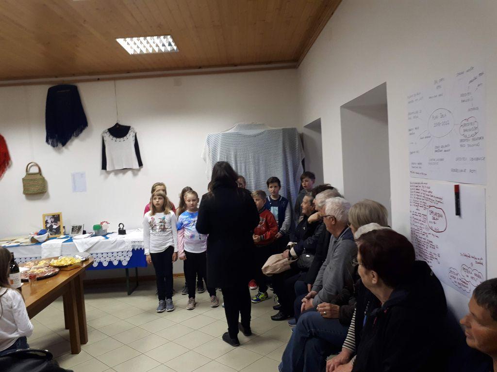 Večer posvečen kvačkanju in gospe Fani Ferjančič