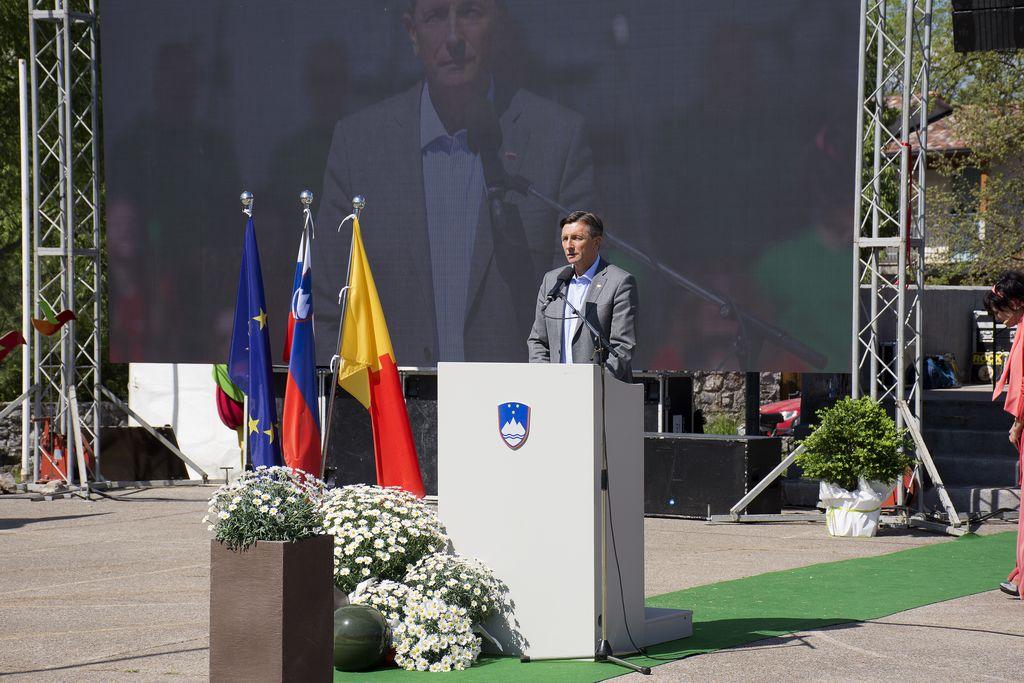 Prvomajsko OPATJE SELO povsem zeleno in v znamenju petnajstletnice vstopa Slovenije v EU