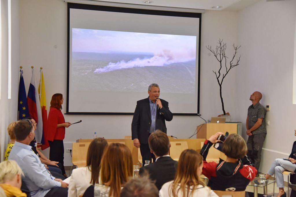 """Omizje: """"Kako učinkovito odpraviti posledice požara na turistično občutljivem območju"""""""