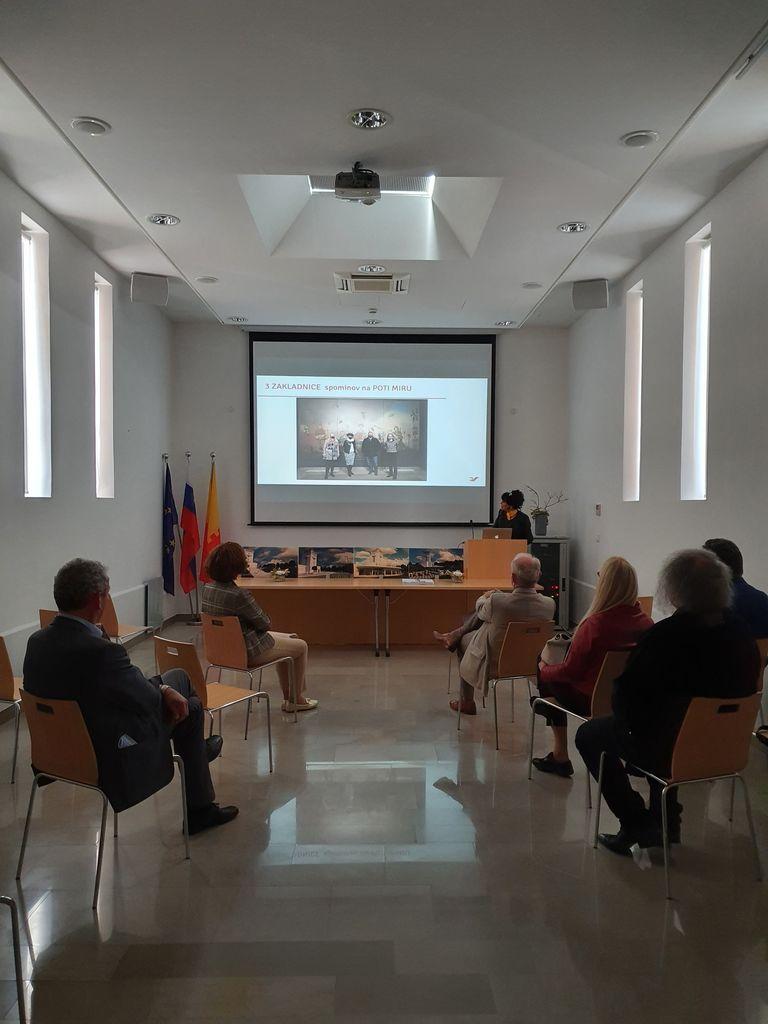 Rudi Španzel v družbi predsednika upravnega odbora družbe BTC na Cerju