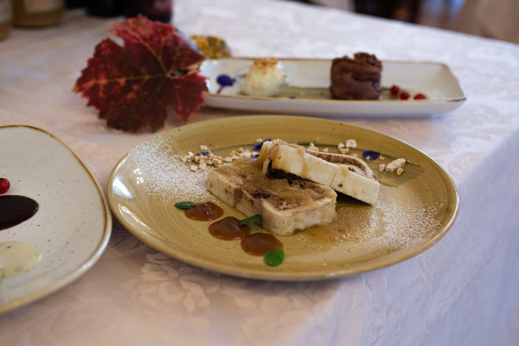Zaveza za trajnostno gastronomijo MIREN KRASA  pod znamko »Krasna kuhnja«