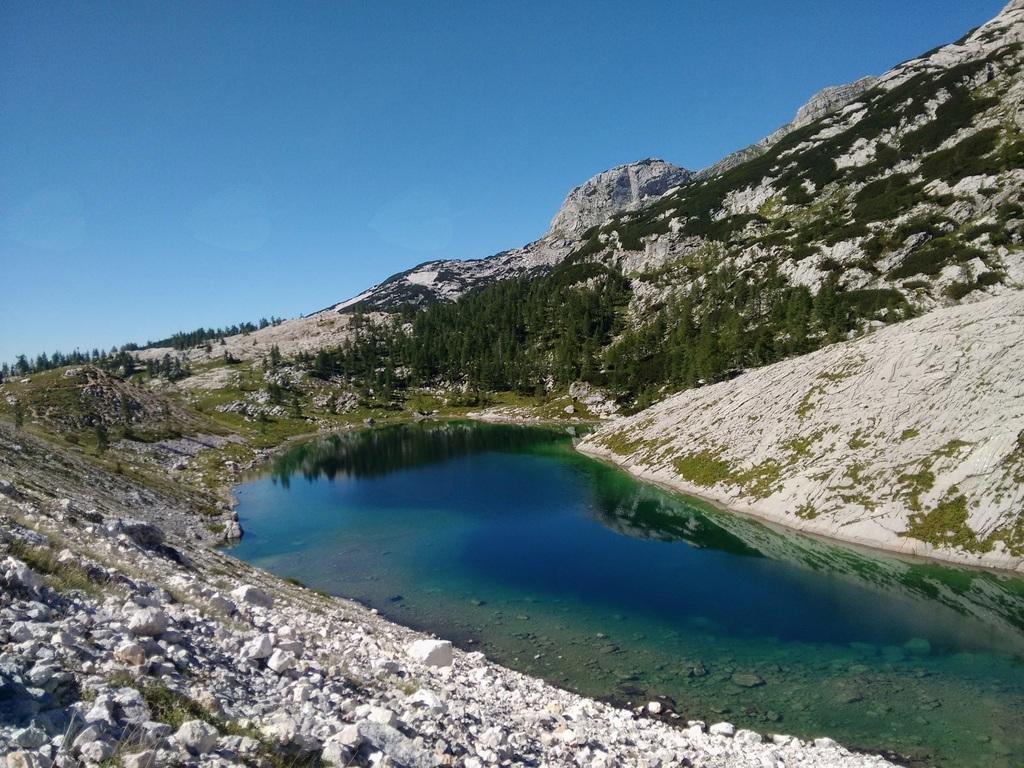 Četrto jezero Doline Triglavskih jezer