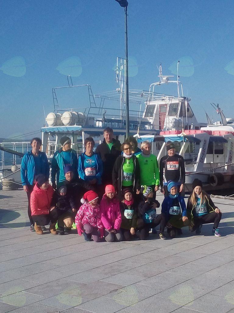 Tekači ŠD Tek je lek na Adventnem maratonu v Crikvenici