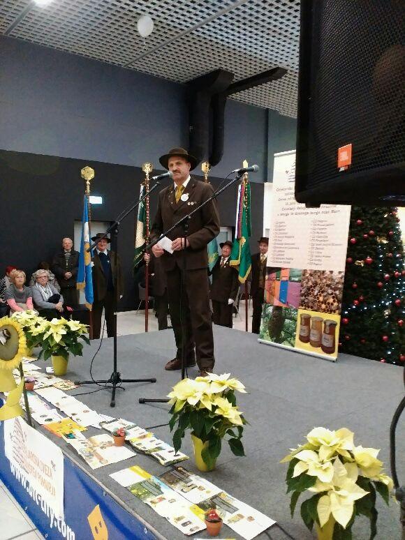 Organiziranost čebelarstva v Sloveniji in 20. maj Svetovni dan čebel