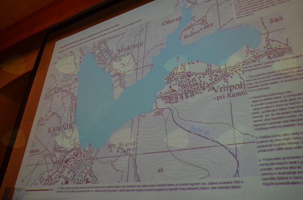 In še pogled na katastrsko mapo, kje naj bi bilo jezero.