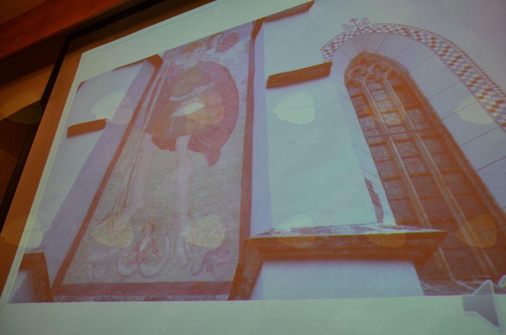 Upodobitev ribe Faronike in zmaja na romarski cerkvi v Solčavi