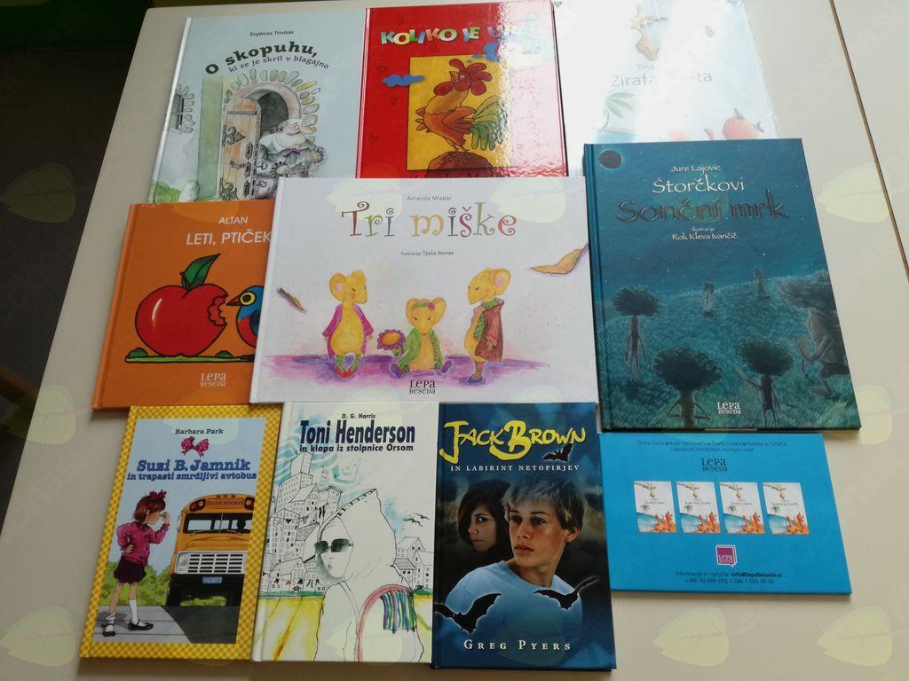 Knjige ,ki jih je Vid podaril malim bolnikom.