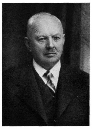 Alojzij Vodnik, 1939 (vir: https://www.kamra.si/digitalne-zbirke/item/alojzij-vodnik-znameniti-ljubljanski-kamnosek.html)