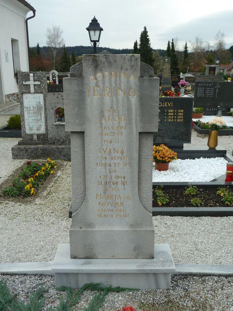 Nagrobni spomenik Jerina v Dolnjem Logatcu (foto: S. K.)