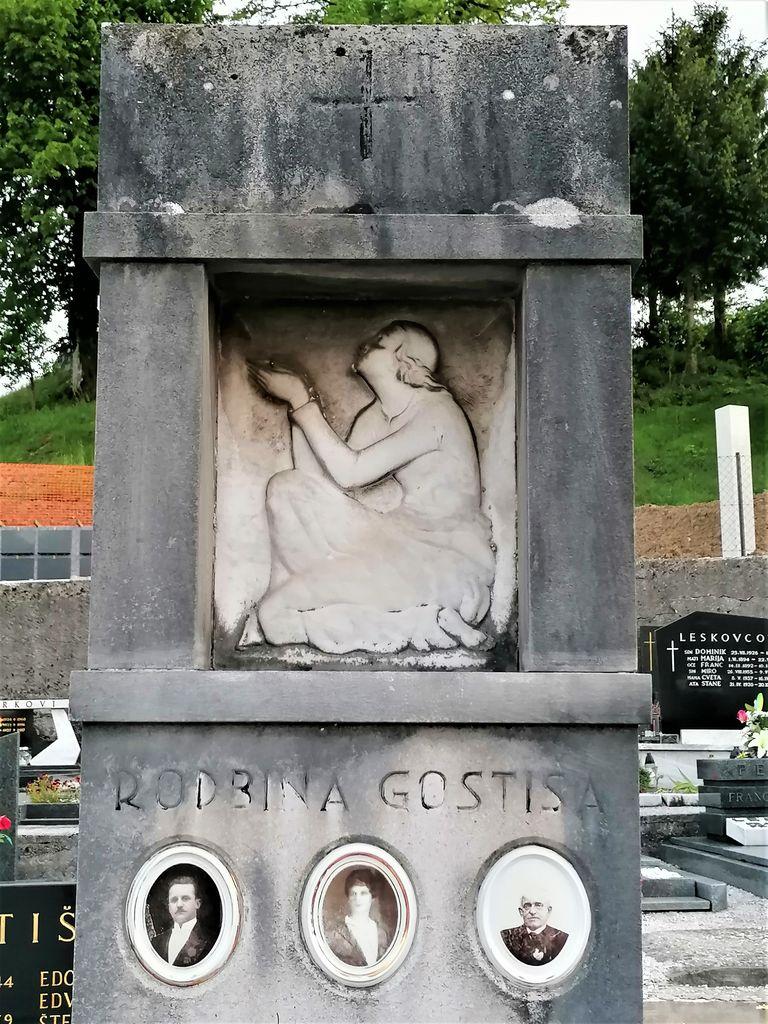 Nagrobni spomenik Gostiševih na pokopališču v Gornjem Logatcu, izrez (foto: S. K.)