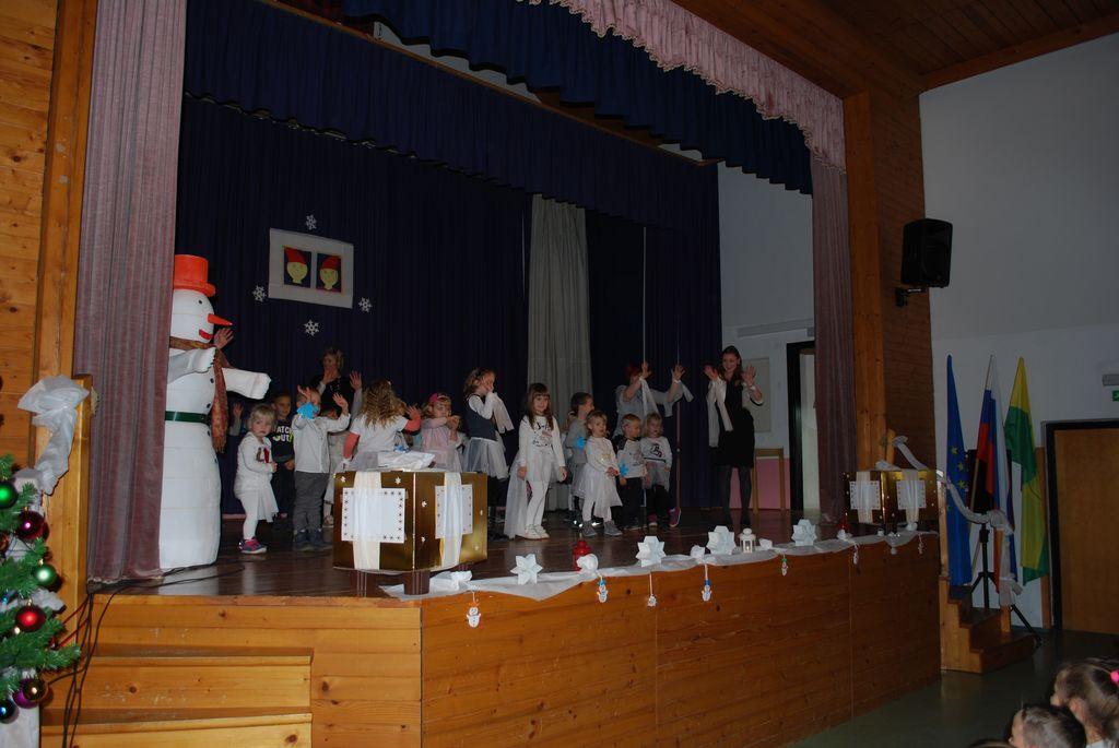 Predbožični otroški  koncert  na Stranicah 2018