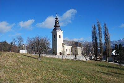 Cerkev sv. Radegunda, Stari trg