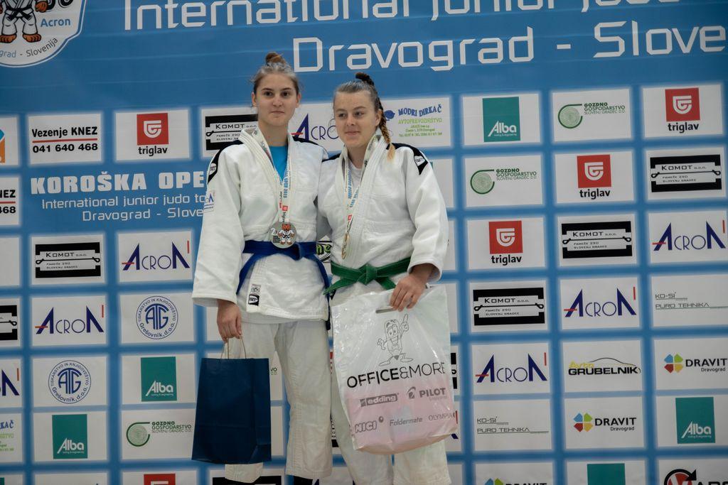 Tina Kovač - 2. mesto do 57 kg