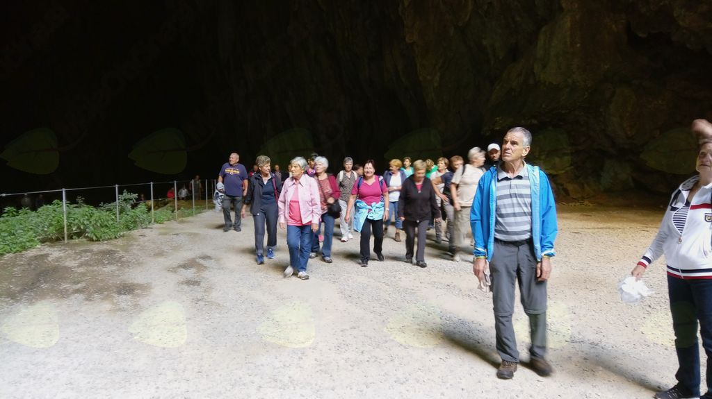 Izlet društva Invalidov Logatec v Škocjanske jame