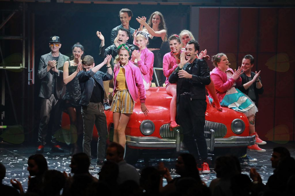 Briljantina – 2. abonmajska predstava gledališkega abonmaja komedije Občine Logatec