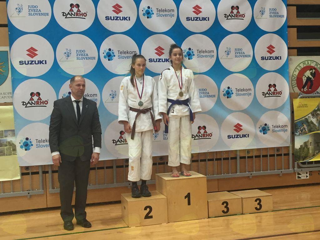 Urška Bernard, mladinska državna prvakinja