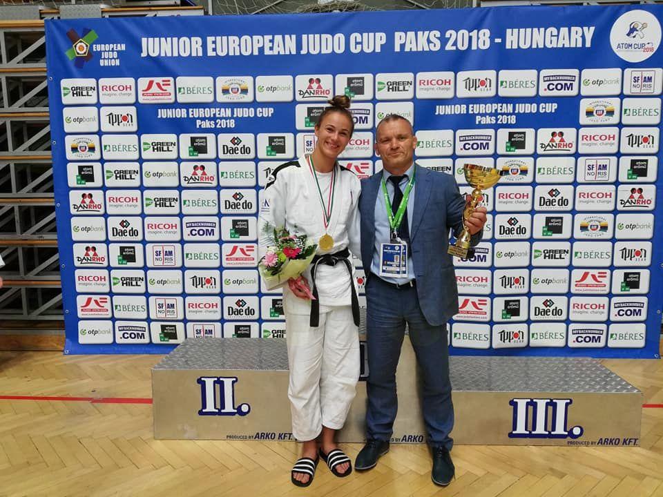 Zala s Trenerjem Ruslanom Yankovskim