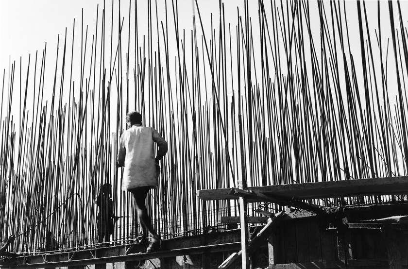 Vodstvo po razstavi Lucien Hervé: Geometrija luči s kustosinjo Imolo Gebauer