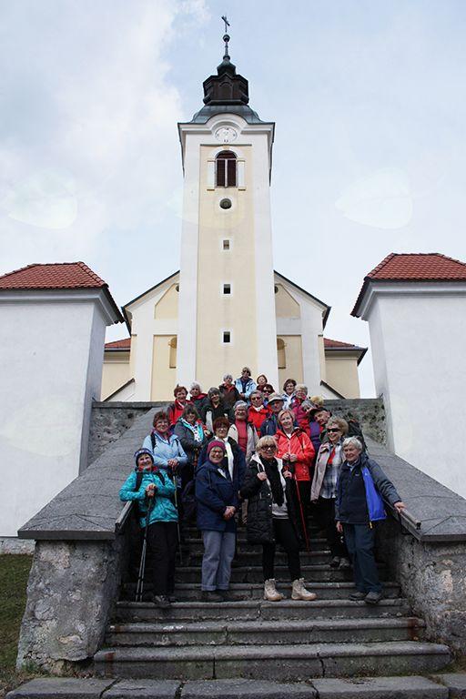Romarska cerkev na Žalostni gori je s svojo arhitekturo naredila močan vtis