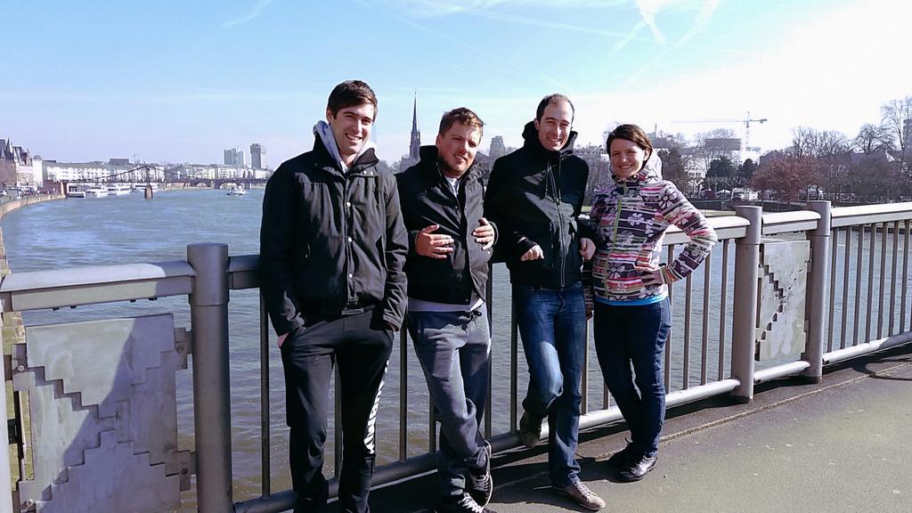 Jurčki so pustovali v Frankfurtu